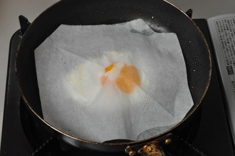 目玉焼き調理過程