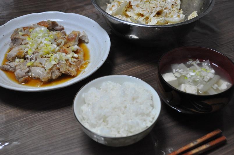 鶏もも肉の油淋鶏風+キャベツのマヨ醤油サラダ